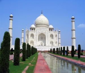 Top 10 Historical Landmarks - Taj Mahal