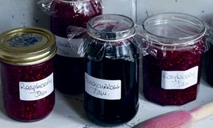 Top 10 Small Gift for Holidays - Homemade Jams